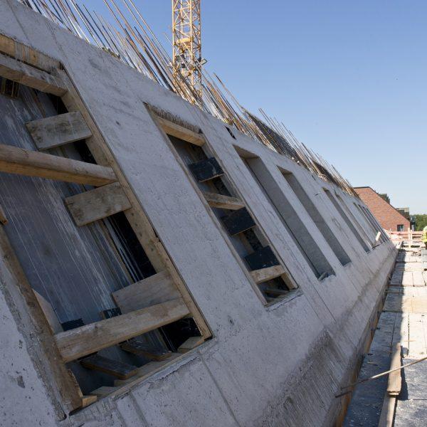 Ausführung des Steildaches in Stahlbetonbau © Dörthe Boxberg