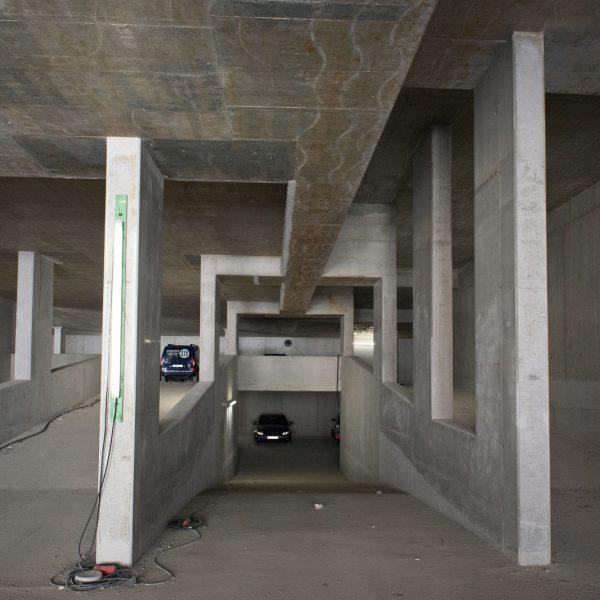 Auf- und abführende Rampen in der zukünftigen Tiefgarage © Dörthe Boxberg
