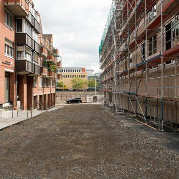 Das Sahle-Gebäude nach Demontage des Fluchtgerüstes, Fußgängerrampe mit Blick auf das City-Center © Dörthe Boxberg