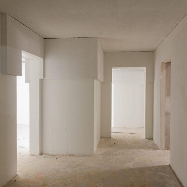 Flur im Untergeschoss © Dörthe Boxberg