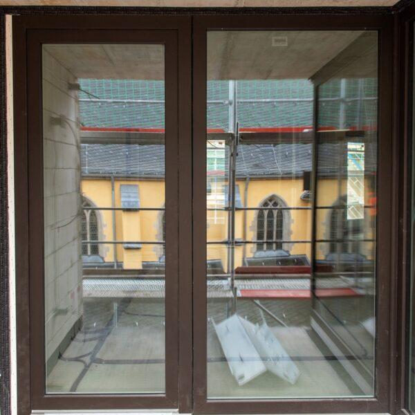Loggia-Fensteranlage einer Wohnung in Haus 1 © Daniel Poštrak