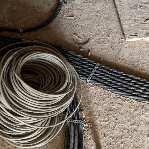 Elektroarbeiten in den Wohnungen © Daniel Poštrak