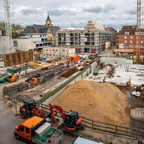 Blick auf die drei Baustellen in der Neuen Mitte Porz © Daniel Poštrak
